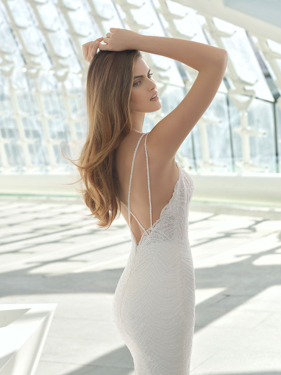 Mermaid wedding dress with beaded lace and sweetheart neckline